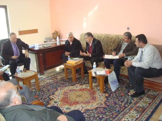 غرفة كربلاء تستضيف وفدا تركيا لتطوير خط نقل جوي
