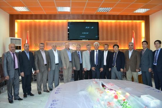عقد لقاء عمل مع وفد مجموعة شركات  (xuntong international industry co ,LTD )